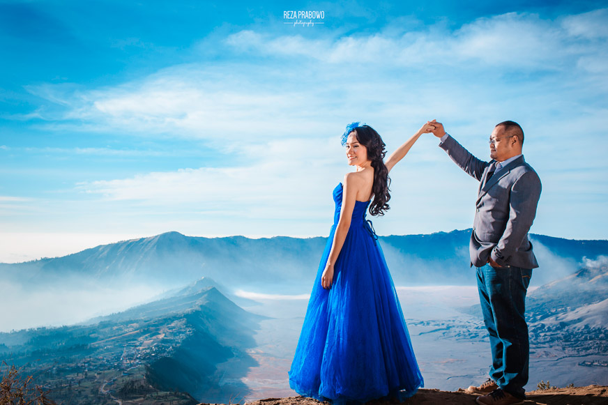 Find My Love (Bromo Pre-Wedding Destination)
